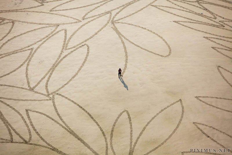 Land art by Jim Denevana