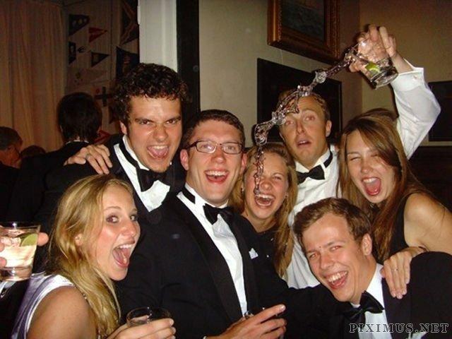 Party Photos Snapped at the Ideal Time