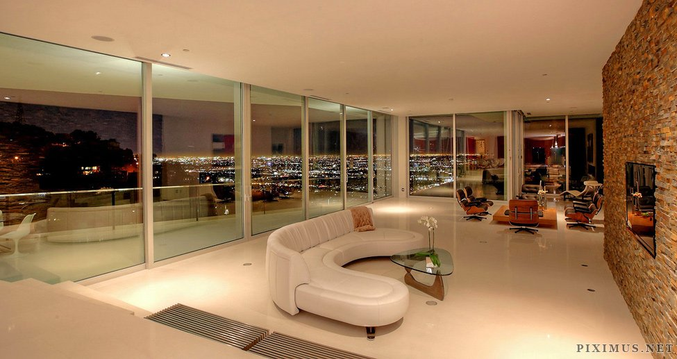 High Quality A Modern Architectural Masterpiece In The Hollywood Hills