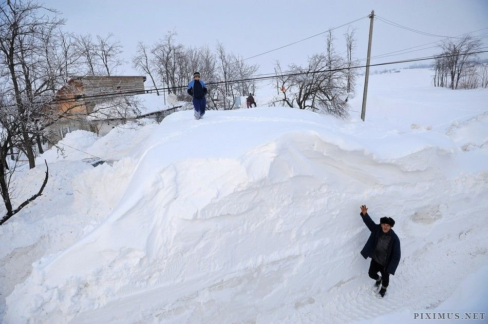 That s really heavy snow others