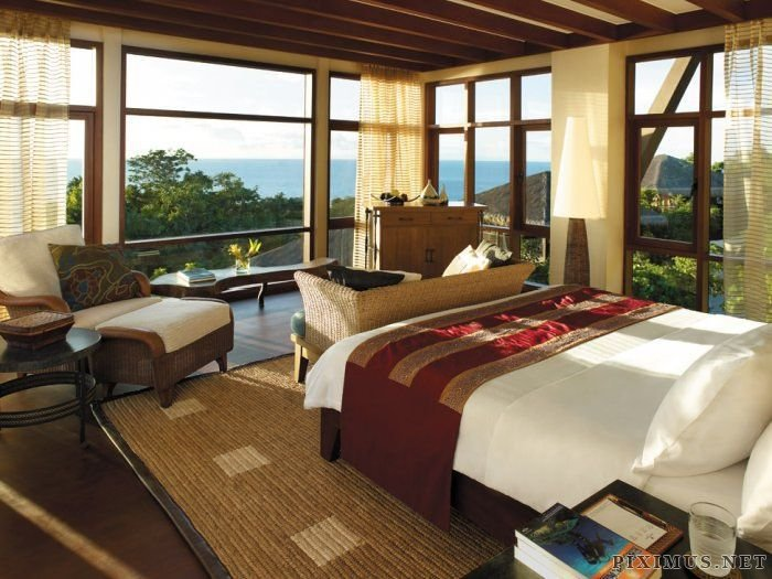 Luxurious Shangri-La Resort