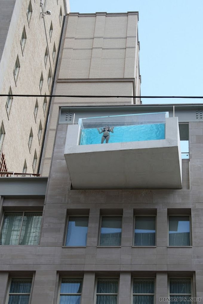 Fantastic Hanging Outdoor Pools