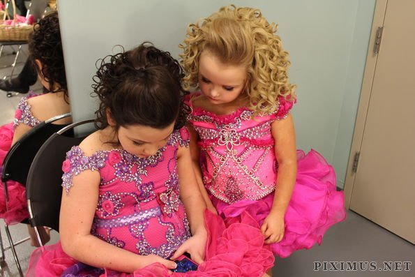 Stupid Mothers and Child Beauty Pageants