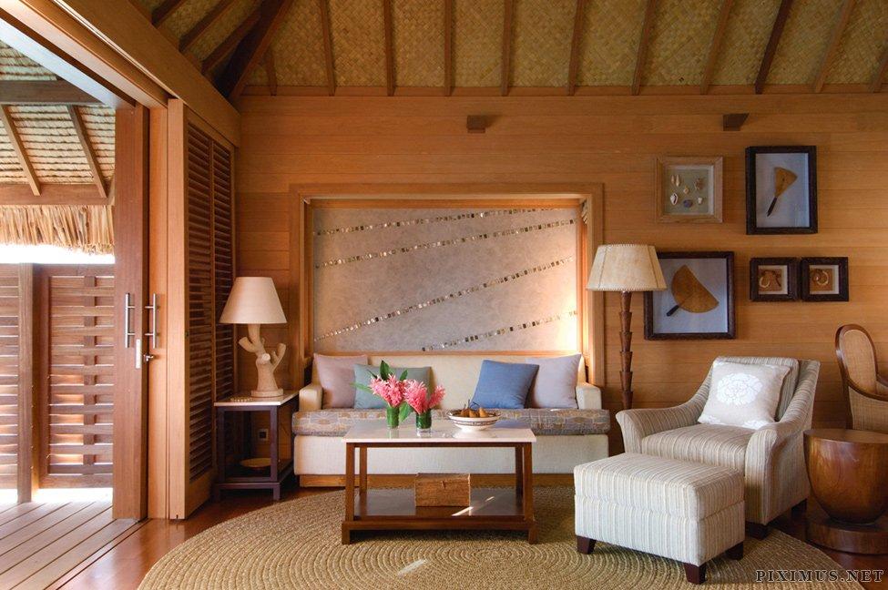 Four Seasons Hotel, Bora Bora
