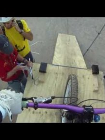 Insane Downhill Bike Race In Chile, 2011