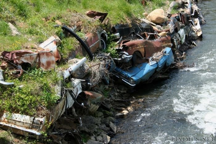 Abandoned Cars as Erosion Control in Detroit