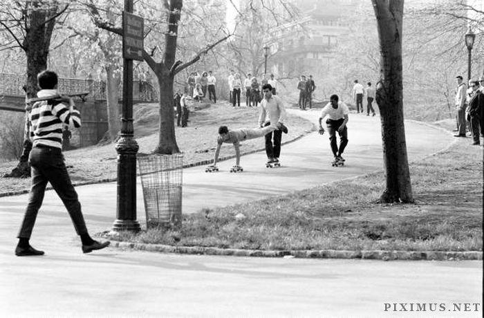 Skateboarding in New York in 1960 , part 1960