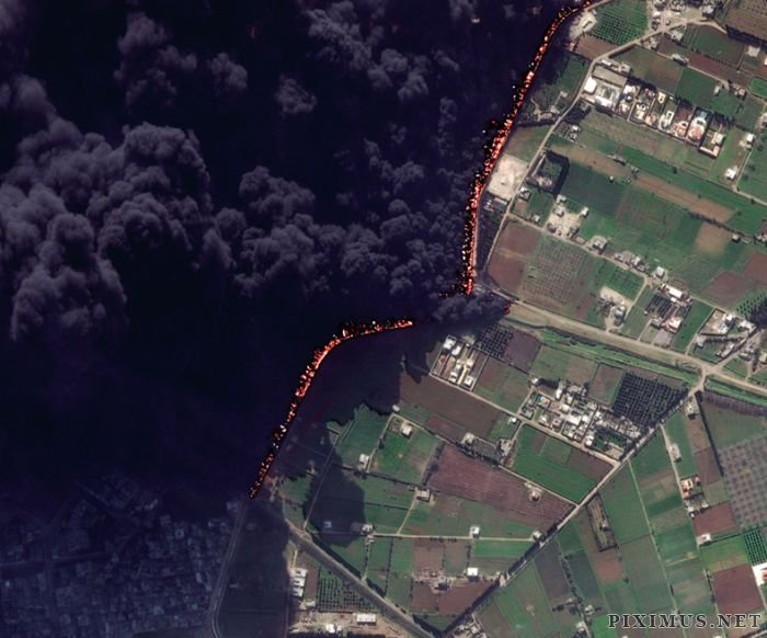 Before and After Pictures Of An Oil Pipeline Fire In Syria