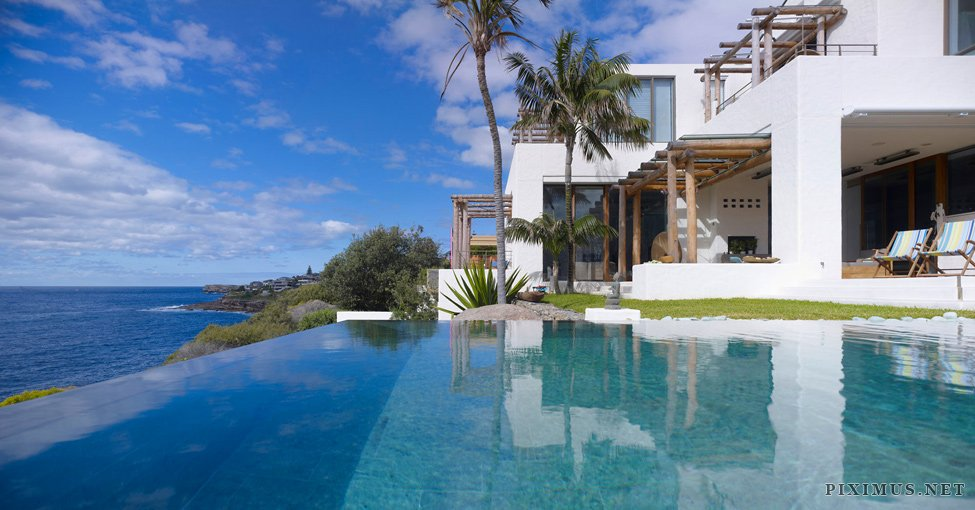 Waterfront house coogee a private residence on the beach for Waterfront home designs australia