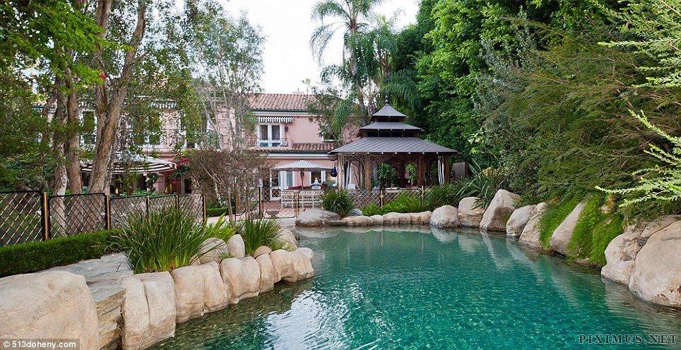 Christina Aguilera's $13.5M Home
