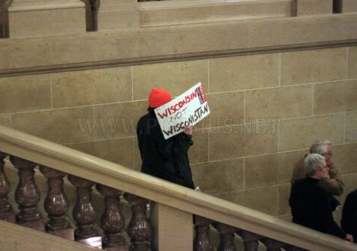 Best Protest Signs At The Wisconsin Capitol