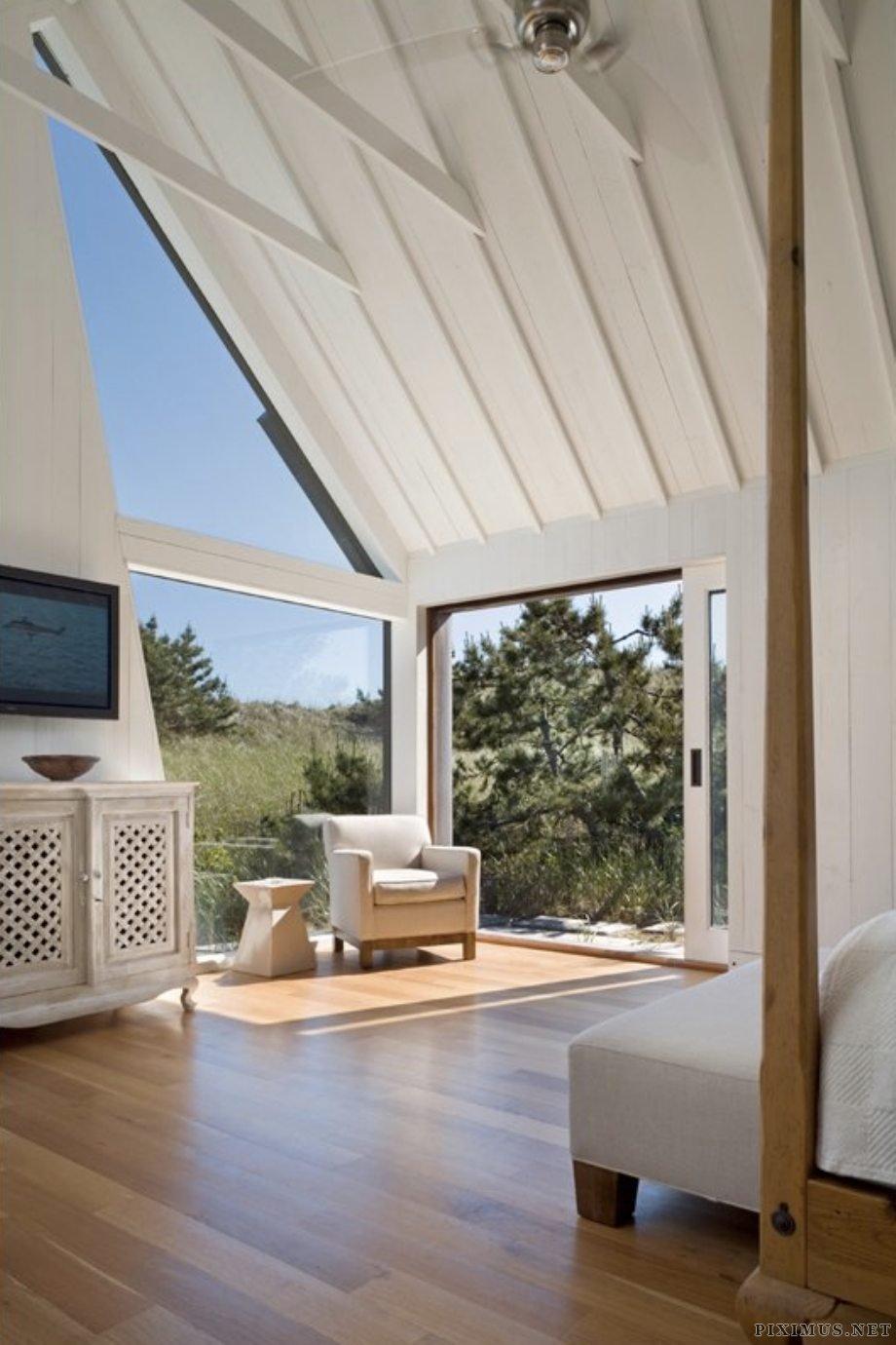 loft stilts. Shingled Beach Home Adds Inventive Loft On Stilts