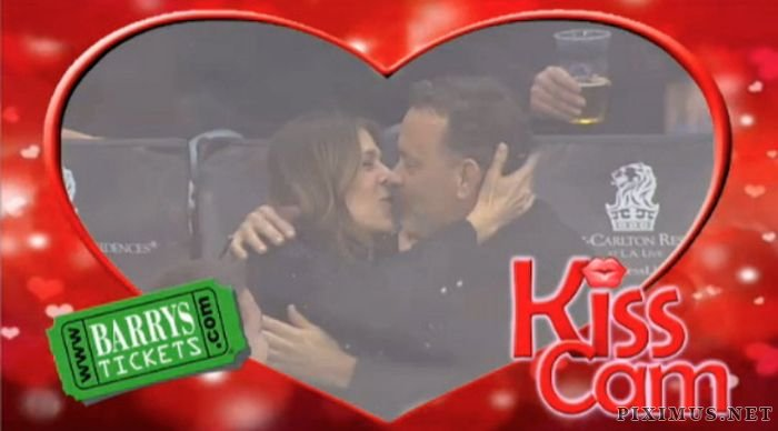 Tom Hanks And Rita Wilson Get Caught By Kiss Cam