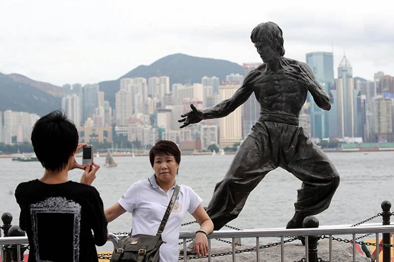 Monuments of celebrities