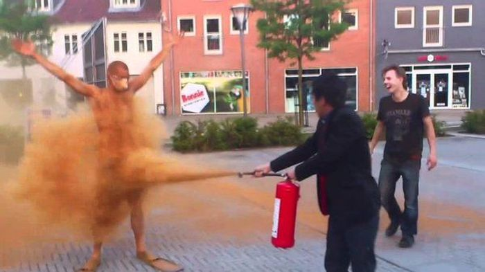 It's A Tradition In Denmark For 25 Year Olds To Get Covered In Cinnamon