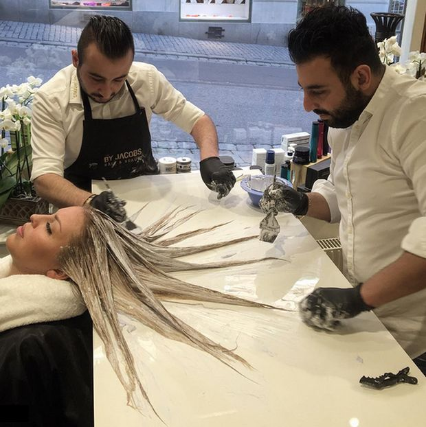 Mermaid Hair Is The Latest Fashion Trend For Women