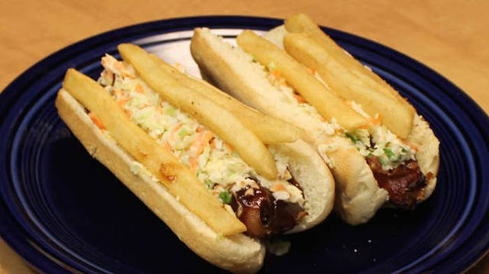 What Delicious Hot Dogs Look Like In Different Countries Around The World