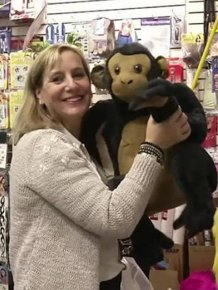 This Woman Bought A Toy Store So She Could Give All The Toys Away