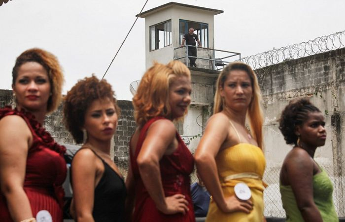 Inmates In Rio Compete For The Title Of Miss Criminal 2015, part 2015