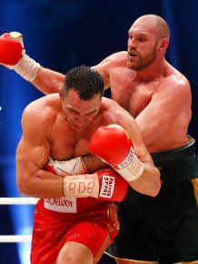 Tyson Fury Beats Wladimir Kiltschko To Win The World Heavyweight Title