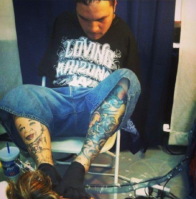 Meet Brian Tagalog The Man Who Creates Tattoos With His Feet