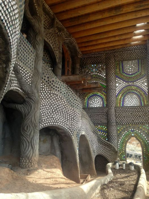 Everyone Wants To Live In An Earthship