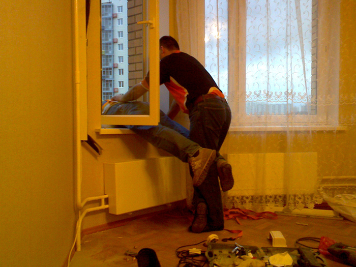 How To Install An Air Conditioner On The 10th Floor Like A Pro