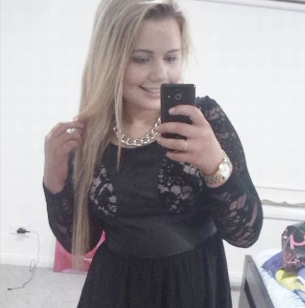 Teenage Girl Almost Dies After Giving Up Food And Water To Lose Weight