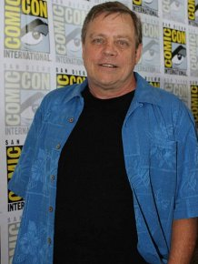 You're Going To Be Shocked When You See How Much Weight Mark Hamill Has Lost