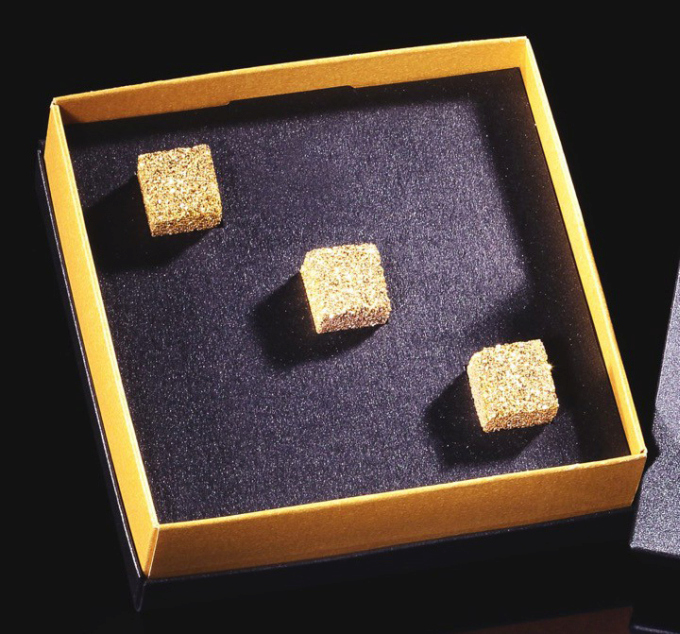 Gold Plated Sugar Is The Ultimate Rich Person Gift