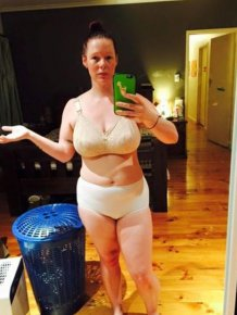 Brave Mother Goes Viral Thanks To A Photo Of Herself In Her Underwear