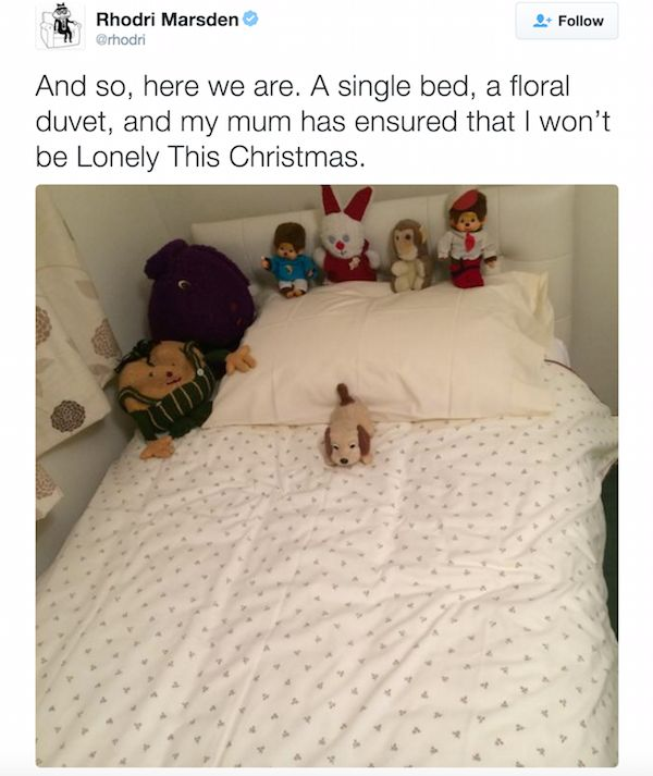 People Share Where They Slept When They Went Home For Christmas