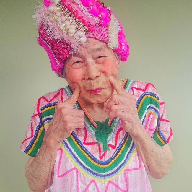 93 Year Old Grandmother Dresses Up In Her Granddaughter's Clothes