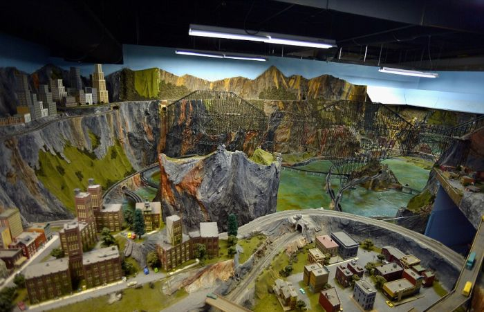 This Is The World's Largest Model Railroad