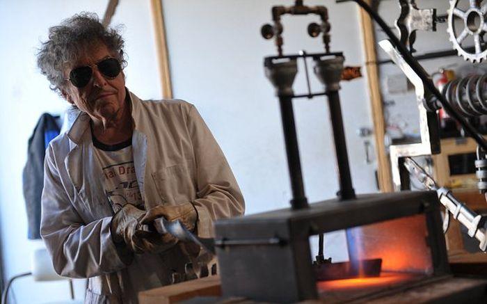 Bob Dylan Uses Scrap Metal To Make Big Iron Gates In His Free Time