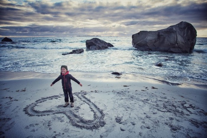 Parents Take Lucky 4 Year Old Boy On A Trip To 41 Different Countries
