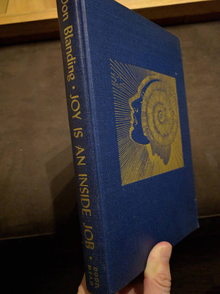 Guy Turns Old Book Into An Awesome Kindle Case