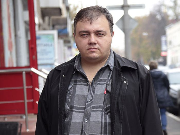 Is This Man The Russian Version Of Leonardo DiCaprio?