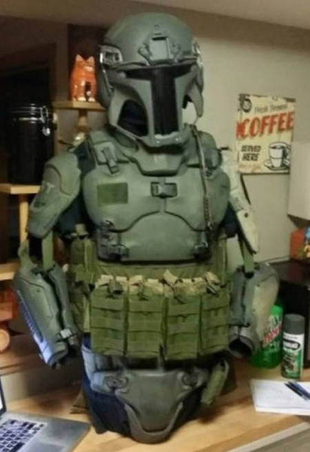 You Can Now Own A Set Of Realistic Mandalorian Body Armor