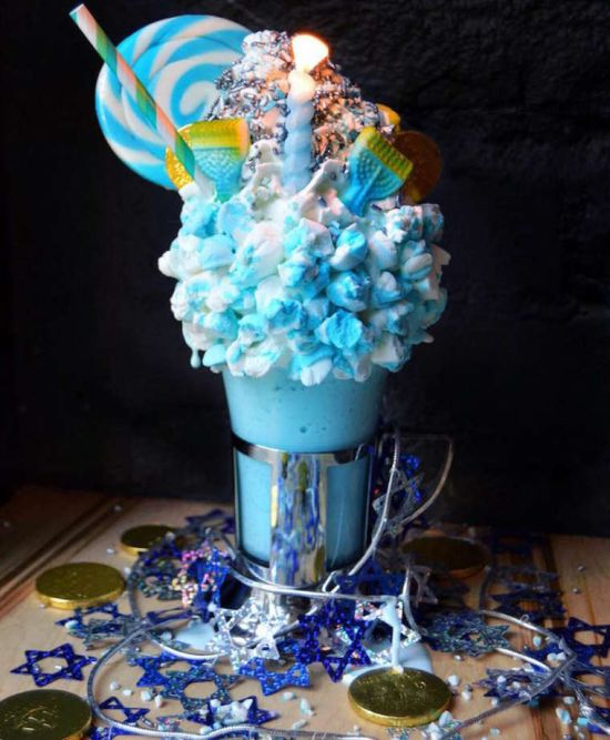 These Giant Milkshakes Look Like The Most Delicious Thing Ever