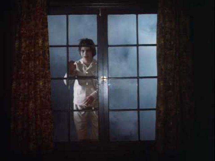 10 Important Tips That Will Help You Survive A Horror Movie
