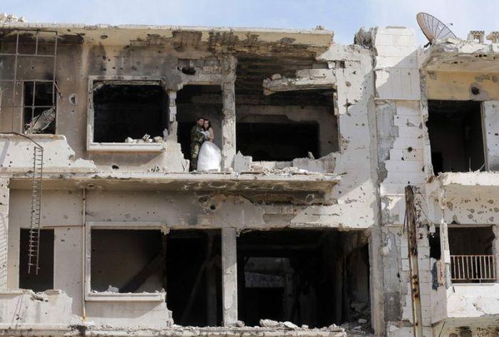 Stunning Wedding Photos Taken In The Ruins Of Syria
