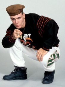 The Best Of 90s Haircuts And 90s Fashion