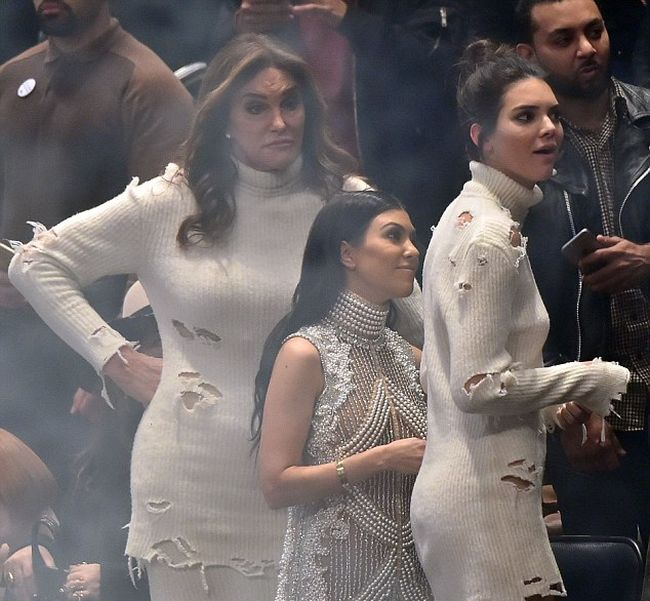 Caitlyn Jenner Tried To Steal Kendall Jenner's Thunder By Copying Her Dress