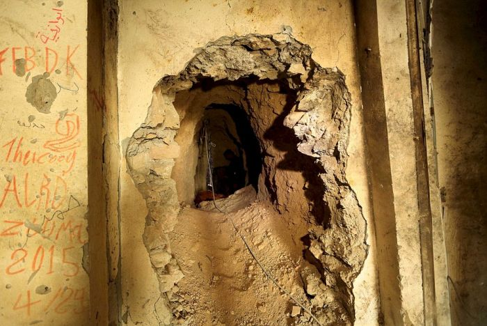 A Look Inside The Secret Underground Isis Tunnels In Iraq