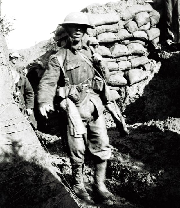 Rare Photos Show Soldiers In The Trenches During The Battle Of Somme