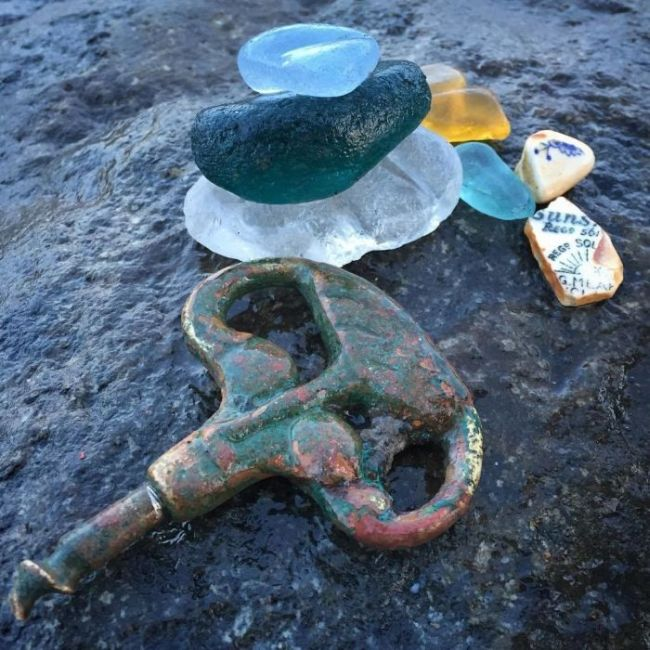 23 Strange And Rare Items People Found On The Beach