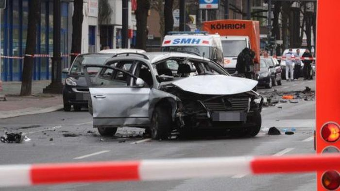 Car Bomb Explosion Claims The Life Of A Man In Berlin