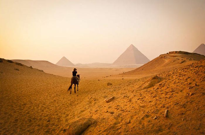 When It Comes To Travel Photos Expectations Rarely Meet Reality