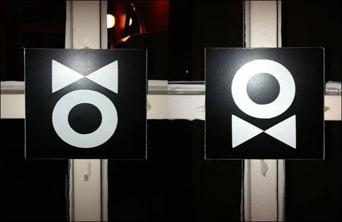 The World's Most Creative And Awesome Toilet Signs